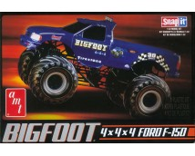 AMT 1:32 Bigfoot 4x4x4 Ford F-150 Pickup