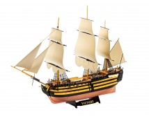 Revell 1:450 HMS Victory        05819
