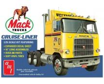 AMT 1:25 Mack Cruise Liner Semi Tractor      AMT1062/06