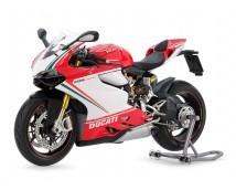 Tamiya 1:12 Ducati 1199 Paningale S  Tricolore