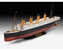 Revell 1:600 RMS Titanic Kit met Easy Click System