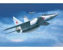 Revell 1:72 MiG-25 RBT Foxbat B