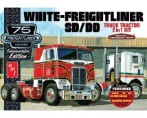 AMT 1:25 White Freightliner SD/DD Truck Commemorative Edition