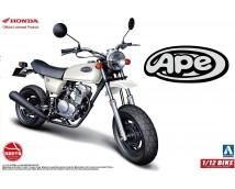 Aoshima 1:12 Honda APE 50