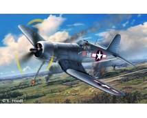 Revell 1:72 Vought F4U-1A Corsair MODEL SET   63983