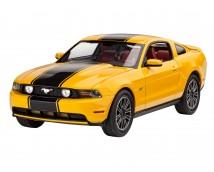 Revell 1:25 Ford Mustang GT 2010 MODEL SET     67046