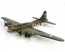 Revell 1:48 B-17F Memphis Belle        04297