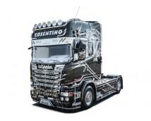 Italeri 1:24 Scania R730 Streamline 4x2 Show Truck    ITA3952