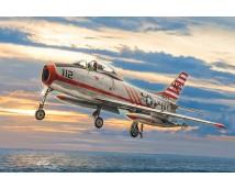 Italeri 1:48 North American Fury FJ-2/33        ITA2811