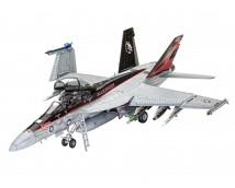 Revell 1:32 F/A-18F SUPER HORNET        03847