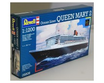 Revell 1:1200 Queen Mary 2