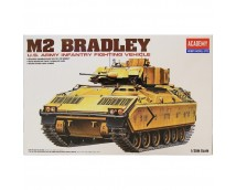 Academy 1:35 M2 Bradley US Army Infantry Fighting Vehicle