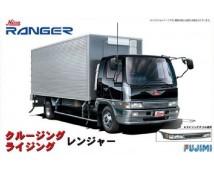 Fujimi 1:32 Hino Ranger Truck