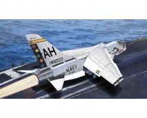 "Academy 1:72 USN F-8E ""The Hunters"""