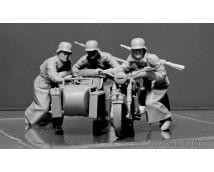 Master Box 1:35 German Motorcyclists WW2 Era