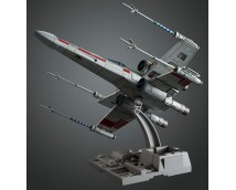 BanDai Star Wars X-Wing Starfighter 1:72
